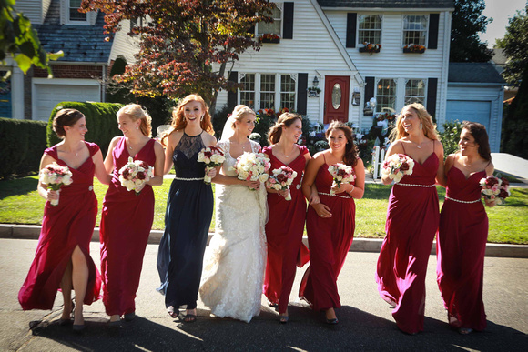 10-Wedding-Bridesmaids-Group-Fun-Walk